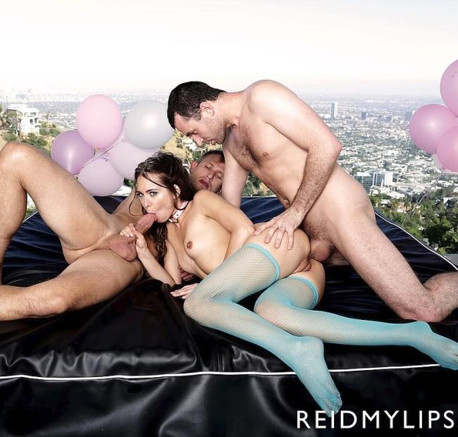 Riley Reid - Rileys Birthday Wish [Reidmylips] HD 720p