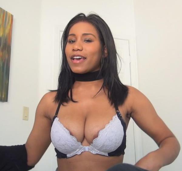 Spizoo - Jenna Foxx - Fucks Her Roommate [SD, 480p]