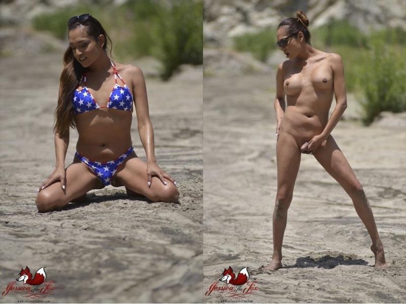 JessicaTheFox.com: Jessica Fox - Jessica The Fox Jackin in the Desert [HD] (210 MB)