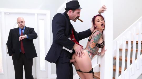RealWifeStories, Brazzers: Monique Alexander - The Don Whacks My Wife's Ass (SD/480p/261 MB) 31.07.2017