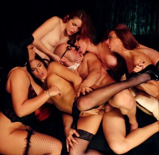 Amarna Miller, Bianca Resa, Gala Brown, Natalia Sanchez, Yarisa Duran - Amarna Miller: the great orgy, the big final. David el moreno did it again  (FaKings/SD/368p/376.63 Mb) from Rapidgator