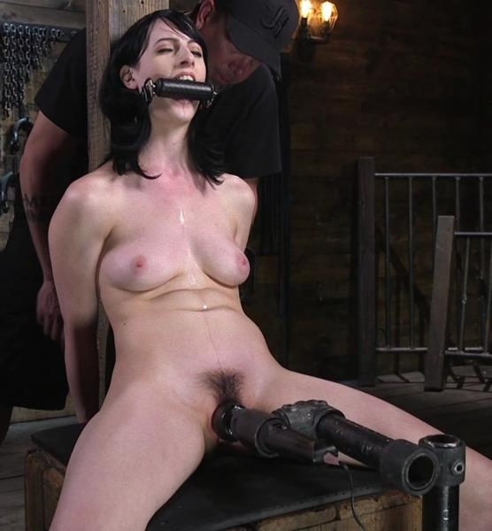Alex Harper - Fresh Meat - Alex Harper Gets Her 1st Taste of Domination and Bondage  (2017/DeviceBondage/Kink/SD/540p)