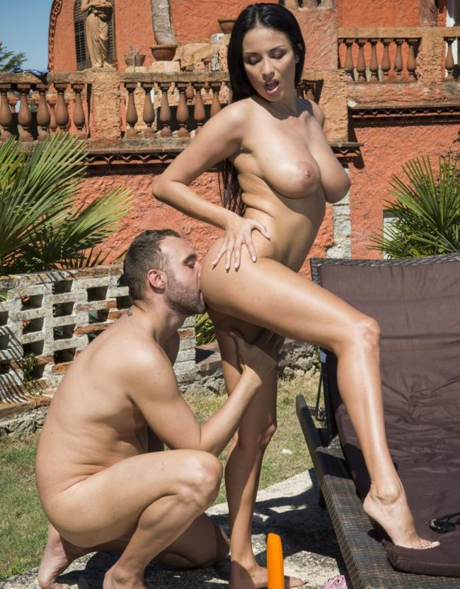 DorcelClub: Anissa Kate - Sunny sex with Anissa Kate  [HD 720p] (254.14 Mb)