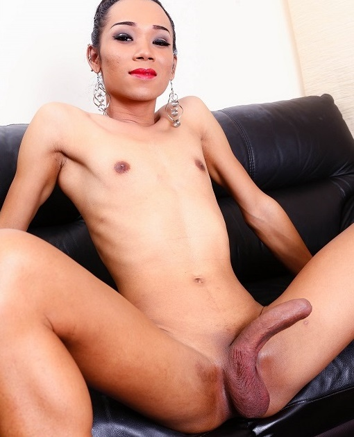 Beer - Couch Is Fun With Beer [HD/720p/559.24 Mb] LadyBoy