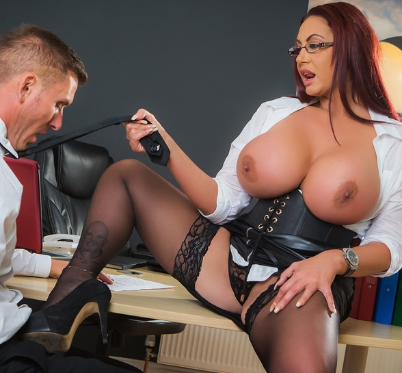 BigTitsAtWork/Brazzers: Emma Butt - A Freelance Fucking  [SD 480p] (518 MiB)