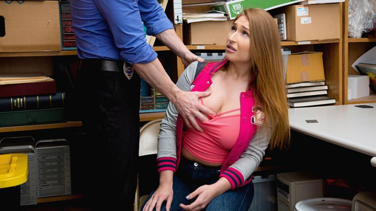 Skylar Snow (19.07.2017) [Shoplyfter / SD]