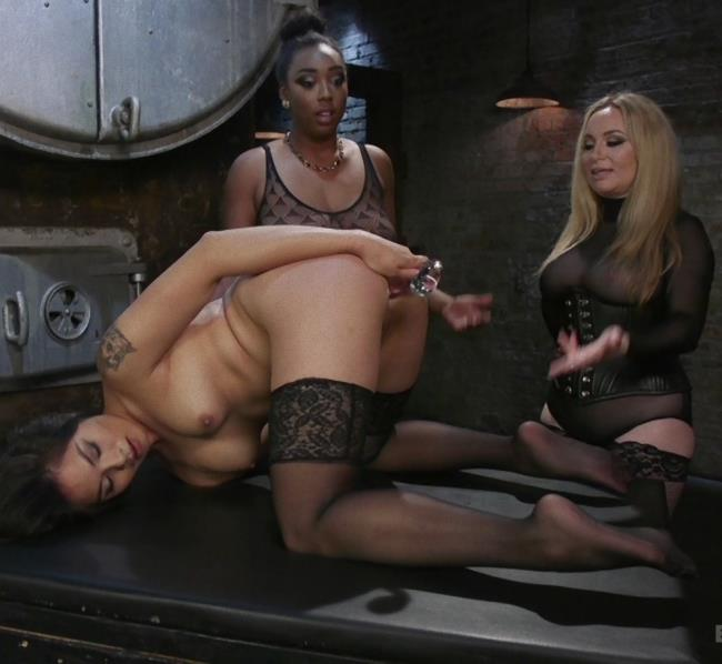 Kink/EveryThingButt - Milcah Halili , Aiden Starr , Lisa Tiffian - Useless Damaged Goods - All Natural Anal! (BDSM)  [SD / 540p / 647.38 Mb]