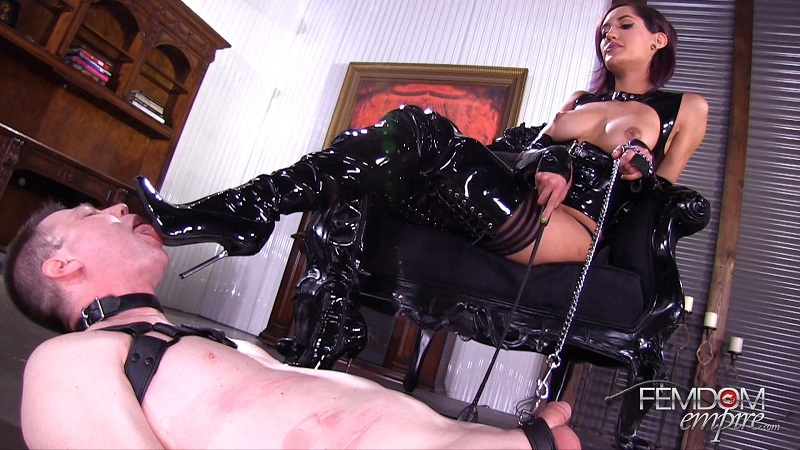 FemdomEmpire.com: Chloe Amour - Glossy Boots [FullHD] (1.25 GB)