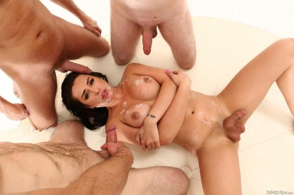 CHANEL SANTINI, Jonah Marx, Damien Thorne and Kai Bailey - Transsexual Gangbangers 19 [HD 720p]