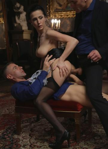 DorcelClub.com: Blue Angel, Nicole Love - The rich housewifes orders [SD] (285 MB)