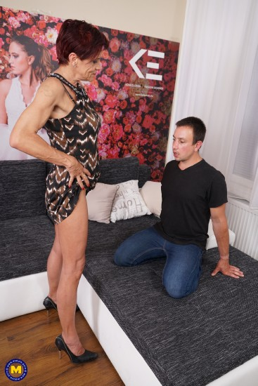 Mature: Kim O (53) - German Pierced older lady doing her toyboy  [SD 540p] (288.4 Mb)
