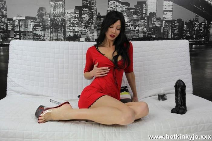 Hotkinkyjo.xxx - Red dress and big black dong [FullHD, 1080p]