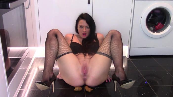 Secretary Pee and Shits For Her Boss (Scat Porn) FullHD 1080p