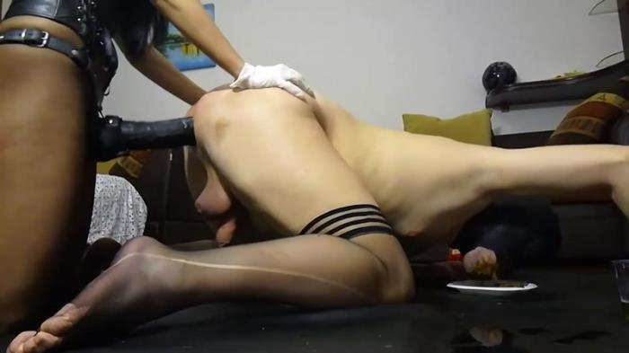 Bizarre action with Silicone Godess (Scat Porn) FullHD 1080p