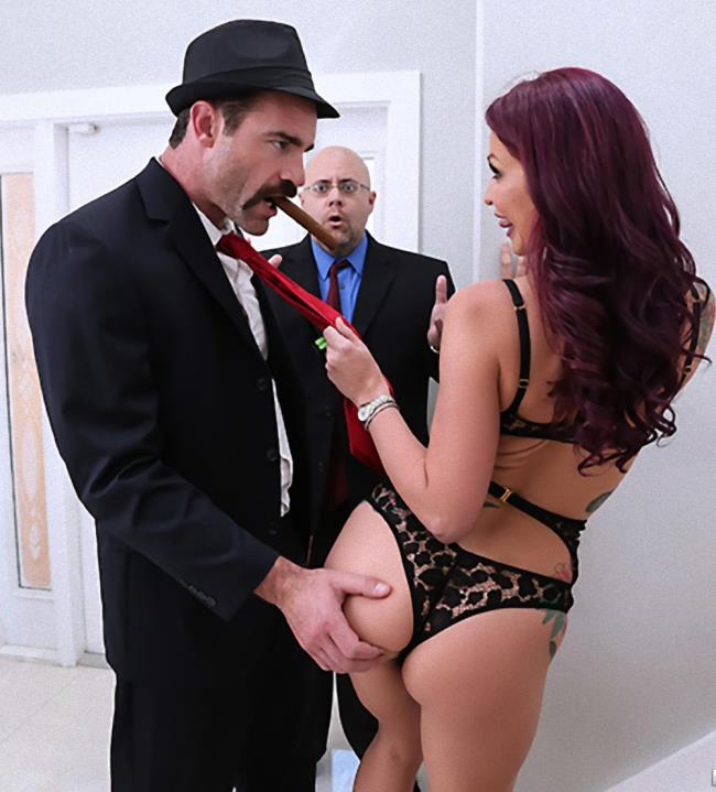 08.2017 -  The Don Whacks My Wifes Ass:  Monique Alexander - RealWifeStories/Brazzers [HD]