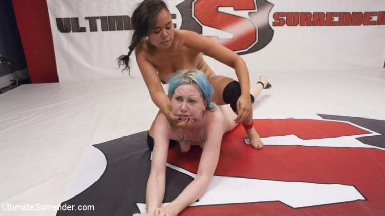 Annie Cruz, Lux Lives - Annie Cruz cums while she uses beautiful amazon's face as her Prize [Kink, UltimateSurrender / HD]