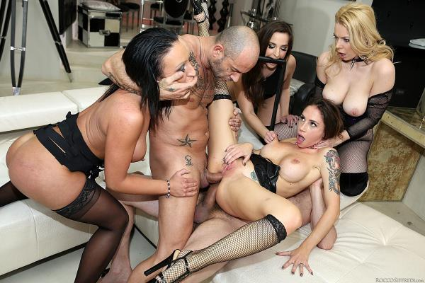 Kelly Stafford, Malena, Debora, Amirah Adara - Rocco & Kelly: Sex Analysts, Scene 4 - RoccoSiffredi.com (SD, 400p)