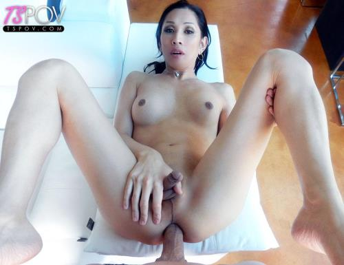 Julia Winston - Japanese newhalf Julia gets her tight ass fucked (20.08.2017/TsPov.com/FullHD/1080p)