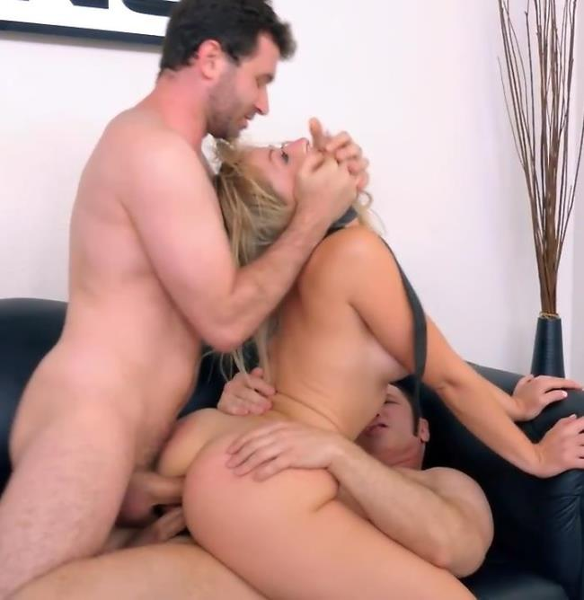 08.2017 -  Auditions For Bang! And Gets Double Penetrated:  Zoey Monroe - BangCasting/Bang [FullHD]