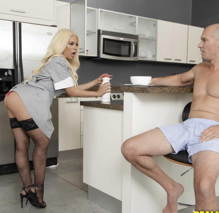 Luna Star - Breakfast With Boobies (Milf) - MonsterCurves/RealityKings   [HD 720p]