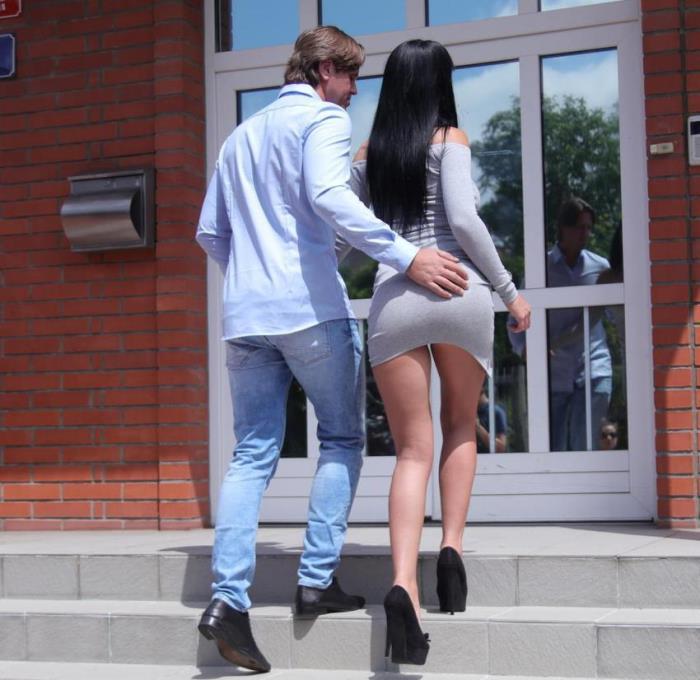 Valentina Ricci- Long legs and heels raven temptress  [FullHD 1080p] DaneJones