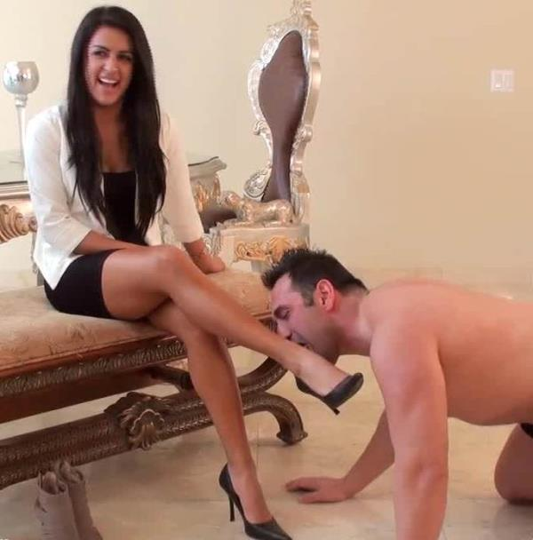 Princess Selena - I am Gonna Make It Shine My Shoes (TheMeanGirls)  [HD 720p]
