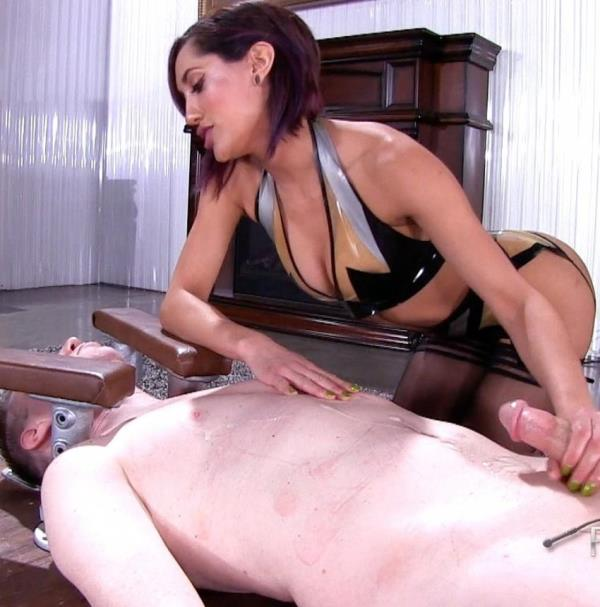 FemdomEmpire:  Chloe Amour  - Do you like me teasing your cock (2017) FullHD  1080p