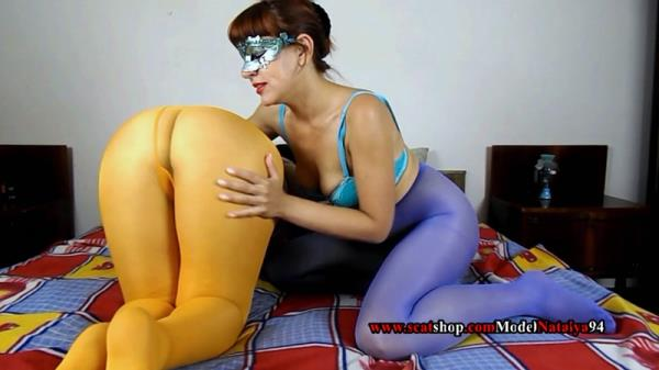 Liquid diarrhea in colored pantyhose (FullHD 1080p)