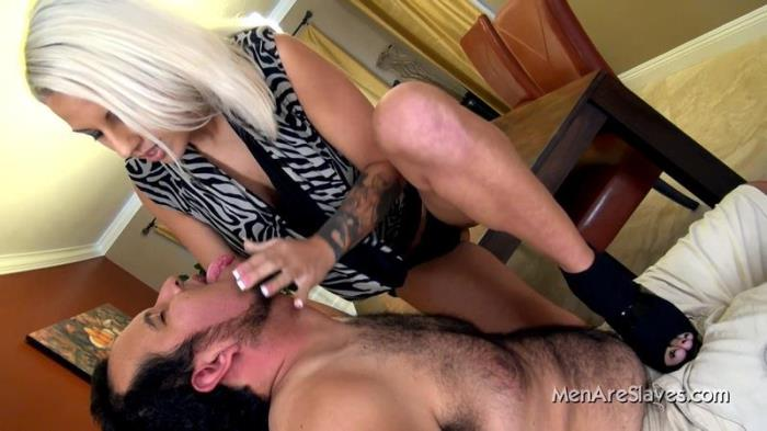 Degrading Him (MenAreSlaves) FullHD 1080p