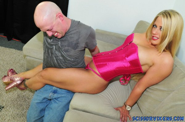 Holly Heart - Giving Him a SCISSOR CUT! [ScissorVixens] HD 720p
