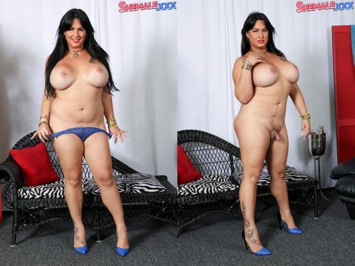 Cute Melanie Strips Naked! (SheMale) HD 720p