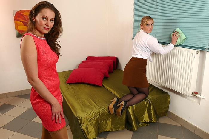 Mature.eu / Mature.nl - Audrey (37), Helga (36) - Bisexual housewives share a hard cock [FullHD, 1080p]