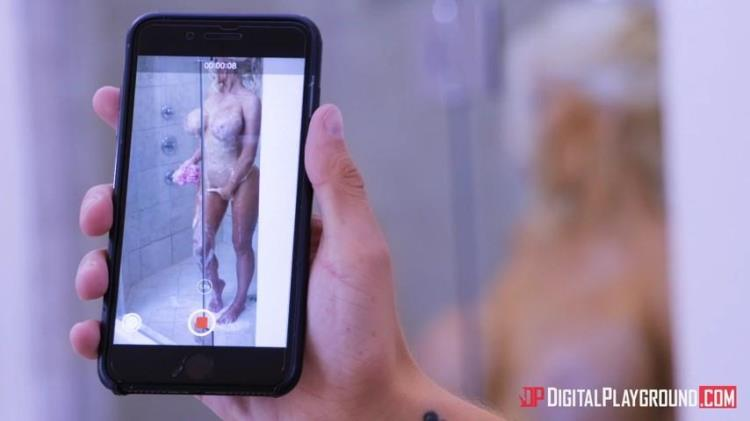 Nicolette Shea - Stepmoms Boobs 3 (09.08.2017) [DigitalPlayground / SD]