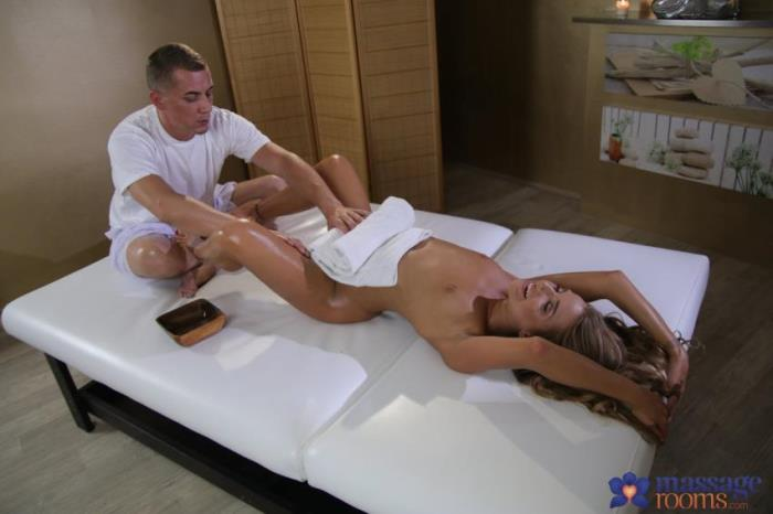 MassageRooms -  Sofi Goldfinger - Anal creampie for hot young Russian  [FullHD 1080p]