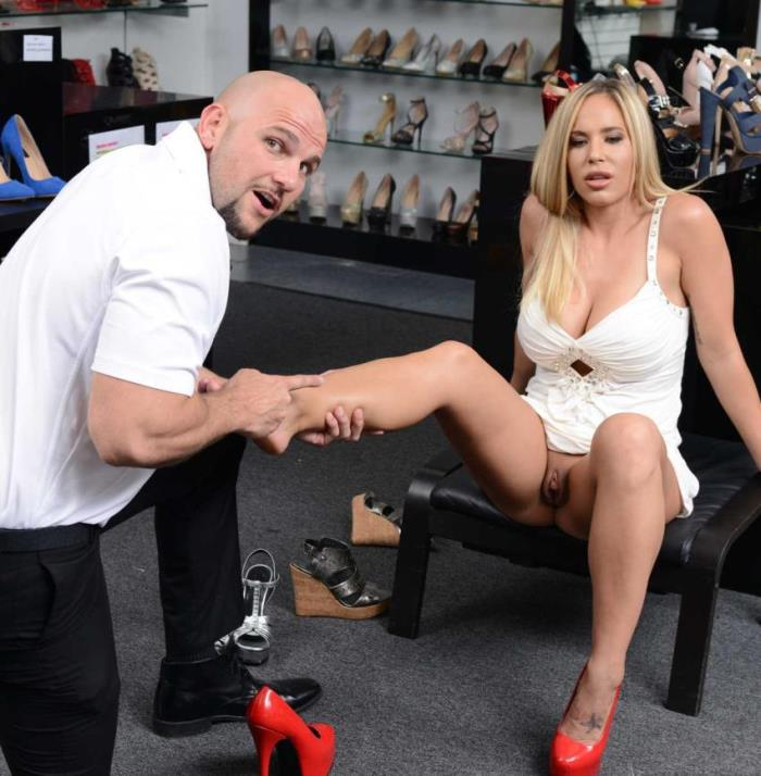 Olivia Austin - Shoe Fetish [HD/720p/633.01 Mb] MilfHunter/RealityKings