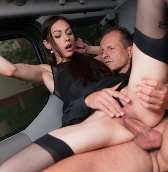 FuckedInTraffic/PorndoePremium - Arwen Gold - Russian beauty Arwen Gold fucks her chauffeur George Uhl in the car (Teen)  [SD / 480p / 428.59 Mb]