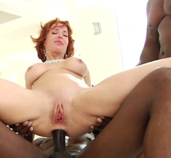 PinkoClub: Wesley Pipes, Veronica Avluv - My two, black holes  [SD 406p] (470.59 Mb)