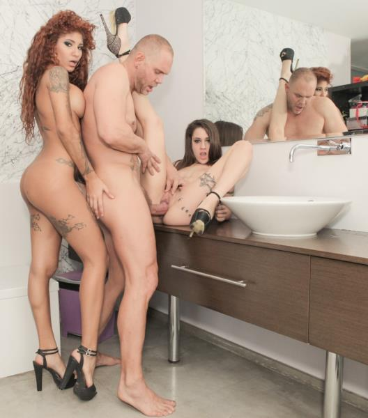 EvilAngel - Alexa Nasha, Venus Afrodita, Nacho Vidal - Venus And Alexas Huge-Cock Threesome [SD 544p]