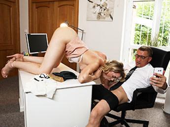 Anny Aurora - Fake Boss [FakeHub, FakeHubOriginals / SD]