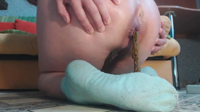On blue socks shitting (Scat Porn) FullHD 1080p