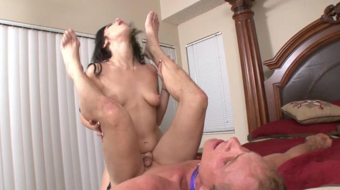 Layla Lopez - girl just wants to have fun HD 720p