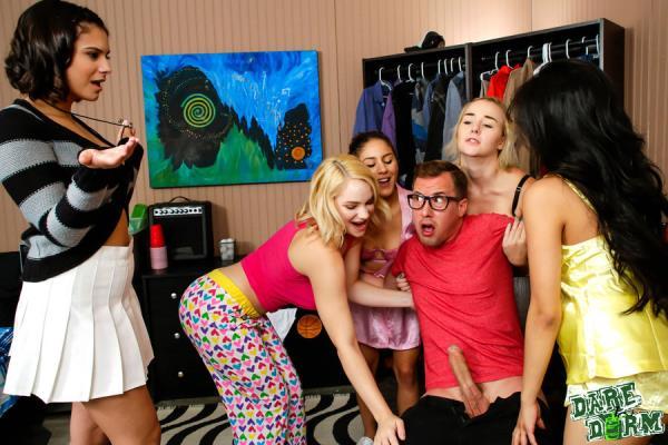 Violet Starr, Ember Snow, Hadley Viscara - Slut Patrol - DareDorm.com / GFLeaks.com (SD, 432p)