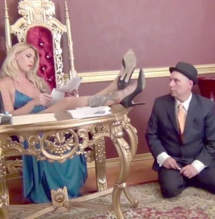 Mistress Bella Bathory - A Politician Under Foot (Femdom) - DomNation   [HD 720p]