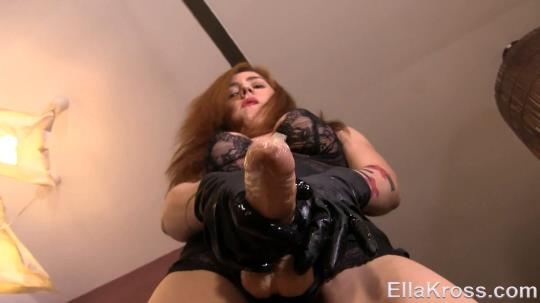 EllaKross: Slave Gets His Virgin Ass Rammed with a Strap-On! (FullHD/1080p/214 MB) 01.08.2017