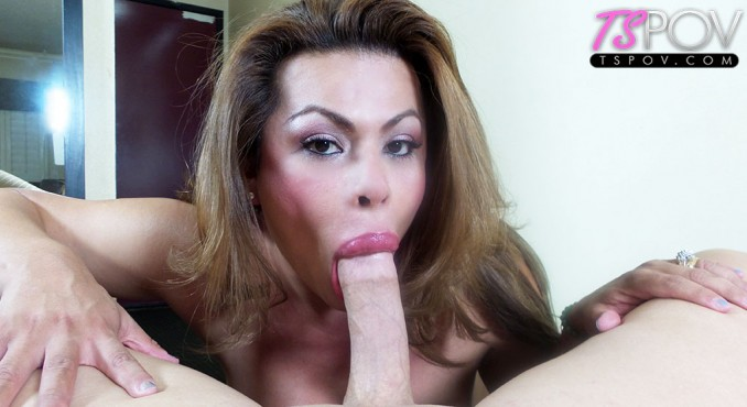 Angela Bratz - the massive lips of Angela Bratz sucks a dick (TsPov) FullHD 1080p