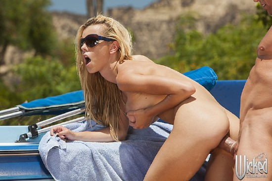 WickedPictures - Jessie Rogers - Anal Car Wash Angels, Scene 1 [HD 720p]