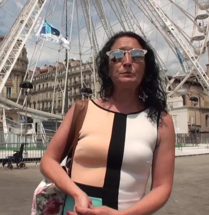 Kelly - (JacquieEtMichelTV) A 45ans, elle redecouvre le sexe [FullHD 1080p] - French