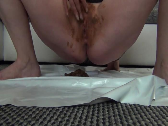 Come and lick the caviar from my cunt (Scat Porn) HD 960p
