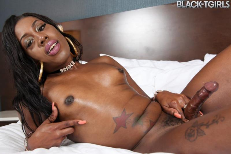 Black-TGirls.com: Dreya Luv - Dreya Luv\'s Sticky Load! [SD] (336 MB)
