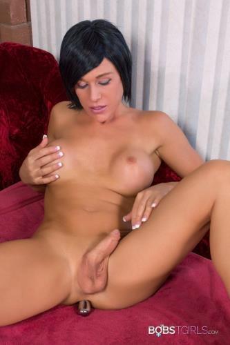 Nikki Jade Taylor Ass Play [FullHD, 1080p] [Bobs-TGirls.com]